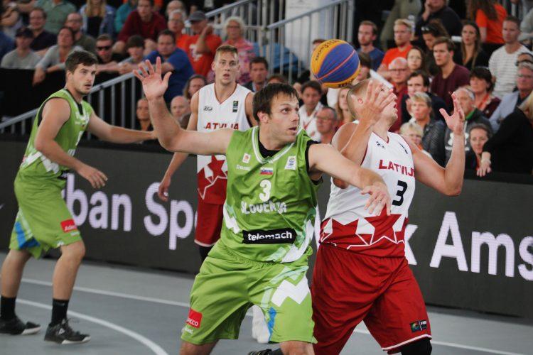 Adin Kavgić Slovenija